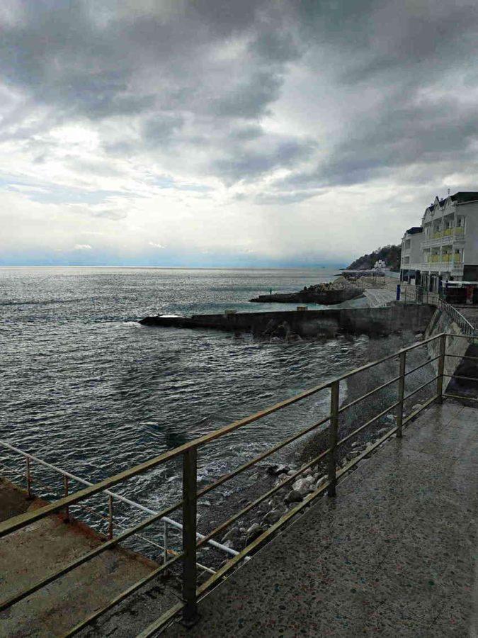 Эллинг в Алупке. Вид на море